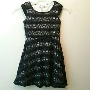 Speechless 8 Girls Lace Overlay Black White Dress